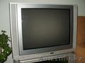 Продам TV JVC AV-25LX3 (диагональ 61см) вместе с тумбой